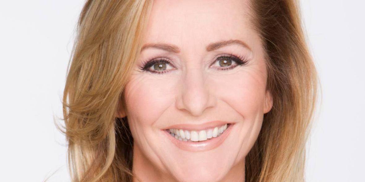 Angela Groothuizen