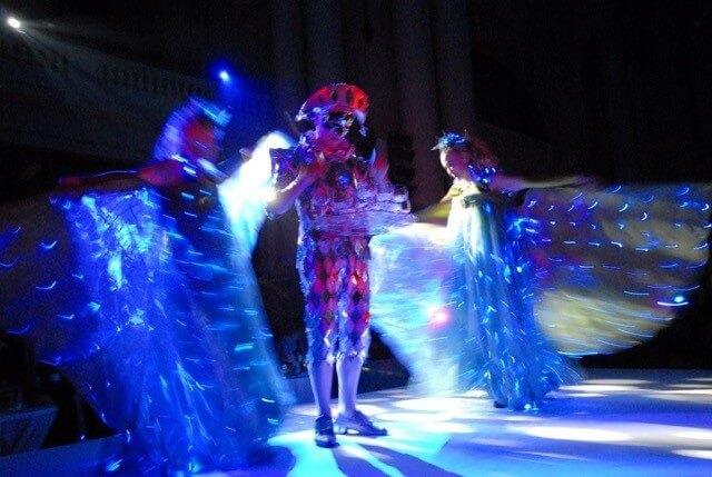 Goddess of Cristal Glass and Lightwings boeken
